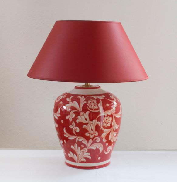 Rote Keramik Vasenlampe, handbemalt in Italien mit rotem Chintzschirm