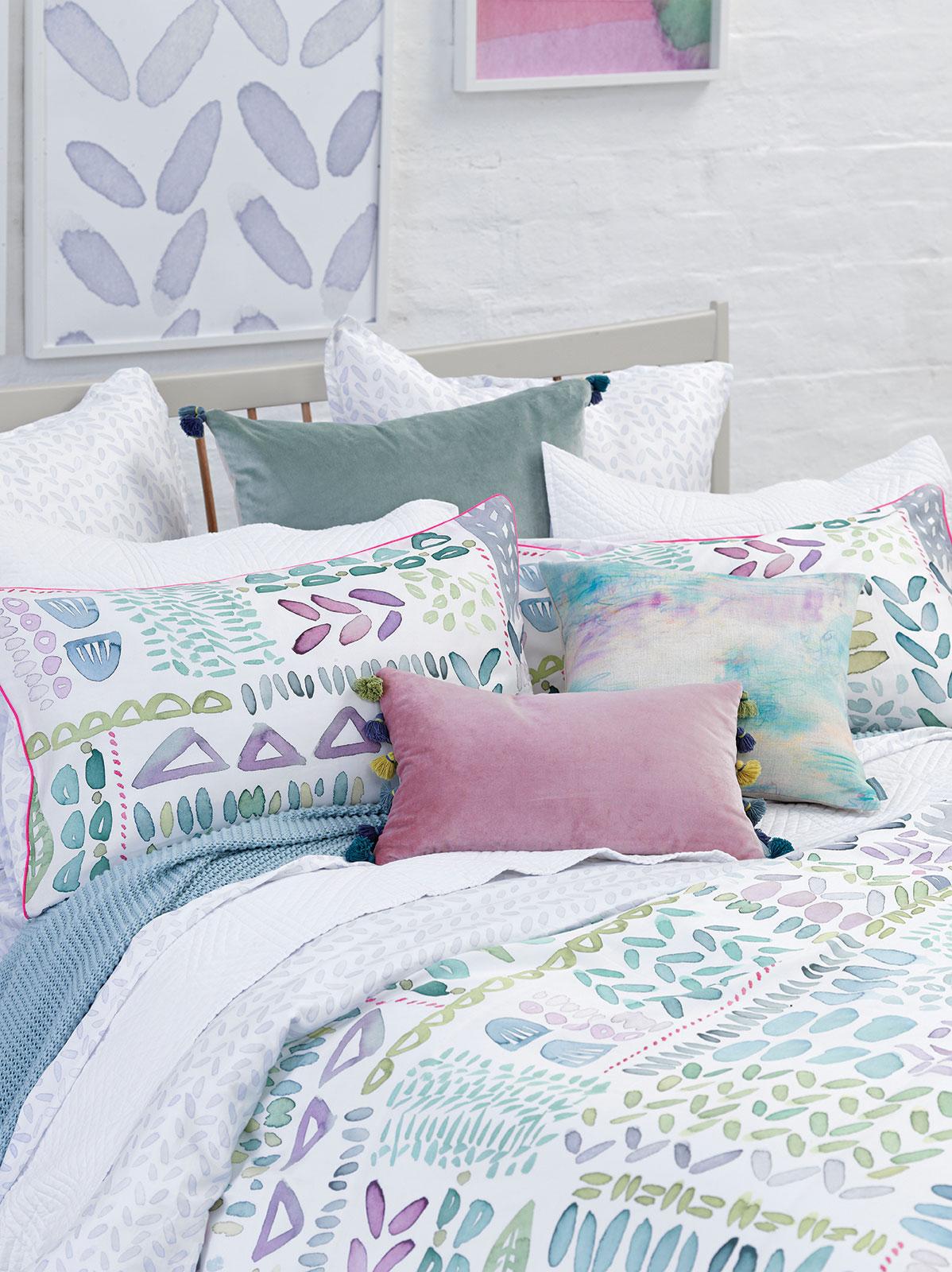frische farben bettw sche lola von bluebellgray ambiarte. Black Bedroom Furniture Sets. Home Design Ideas