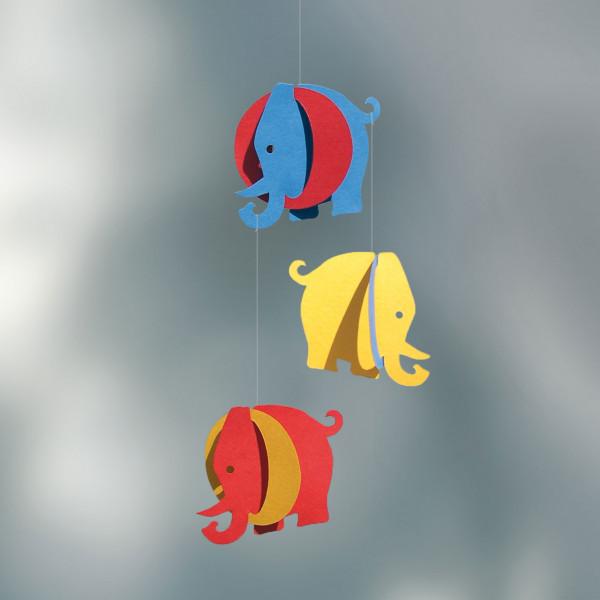 Mobile Tivoli mit bunten Elefanten