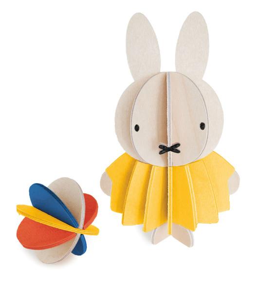 Miffy Hasenmädchen mit ball, 3D-Figur Birkenholz von Lovi, DIY