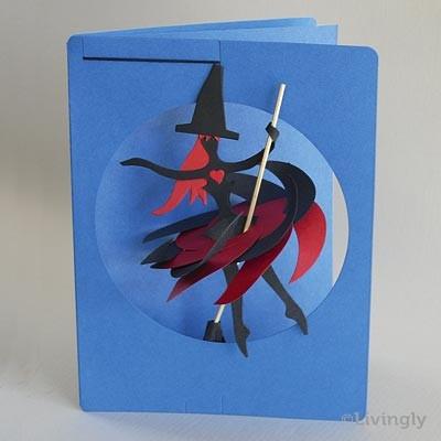 Kleine Hexe als Mobile in Postkarte