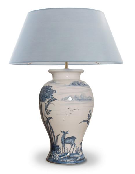 Handgemalte blauweisse Keramik Tischlampen aus Italien mit  Renaissance-Jagdmotiv
